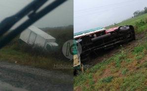 Por el temporal, dos camiones volcaron en Ruta 10
