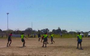 Villa Santa Rosa comienza septiembre a puro fútbol
