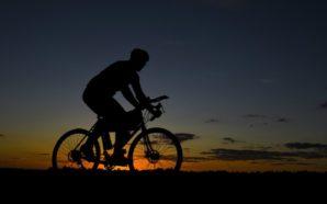 Bicicleteada nocturna en Villa Santa Rosa