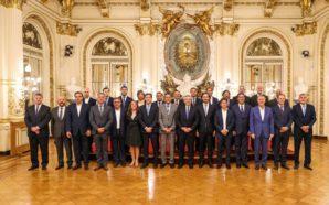 Fernández recibe a gobernadores para debatir el nuevo Pacto Fiscal