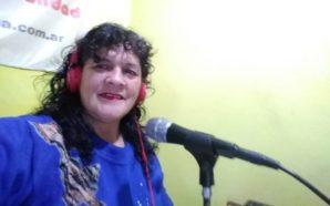 Lucinda, la locutora con acento extranjero que cautiva a sus…