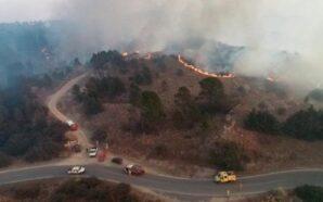 Continúa el fuego y las llamas rodean el observatorio de…