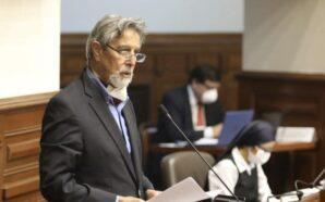 El Congreso peruano designa a Francisco Sagasti como nuevo presidente