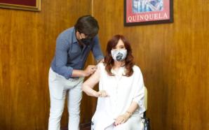 Cristina Fernández recibió la primera dosis de la Sputnik V
